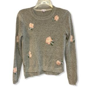 Gray pink floral scoop neck sweater M